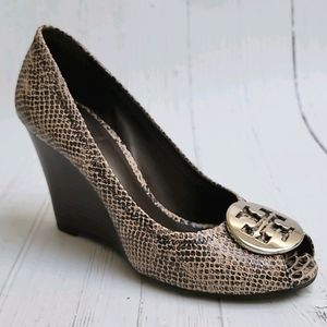 Tory Burch Julianne peep toe wedge pump 7.5
